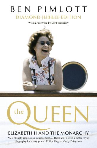 The Queen: Elizabeth II and the Monarchy (Paperback)