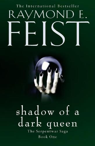 Shadow of a Dark Queen - The Serpentwar Saga 1 (Paperback)