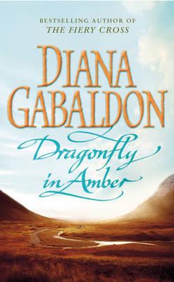 Dragonfly in Amber - Outlander 2 (Paperback)