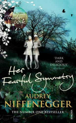 Her Fearful Symmetry (Paperback)