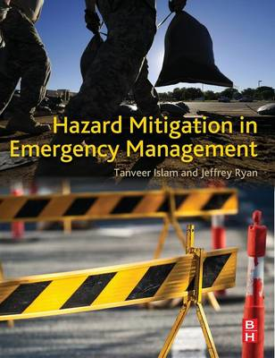 Hazard Mitigation in Emergency Management (Hardback)