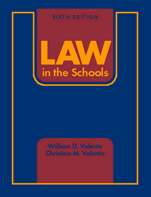 Law in the Schools (Hardback)