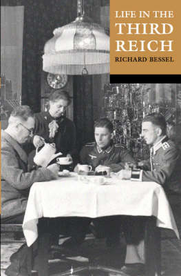 Life in the Third Reich (Paperback)