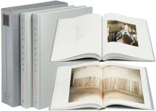 Eva Hesse: Catalogue Raisonne: Volumes 1 & 2: Paintings and Sculpture (Hardback)