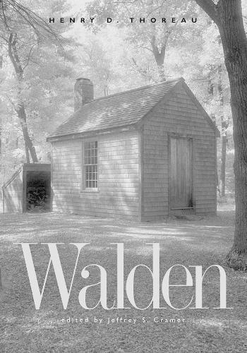 Walden: A Fully Annotated Edition (Hardback)