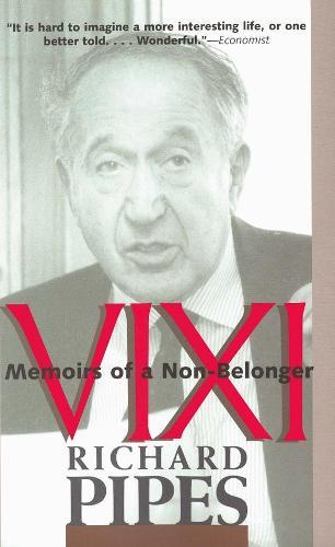 Vixi: Memoirs of a Non-Belonger (Paperback)