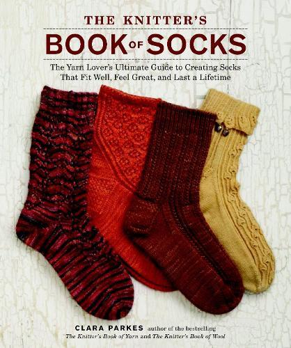 The Knitter's Book Of Socks (Hardback)
