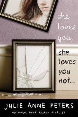 She Loves You, She Loves You Not (Hardback)