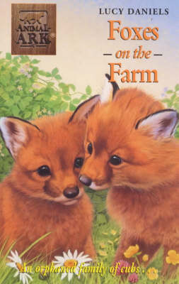 Foxes at the Farm - Animal Ark 198 (Paperback)