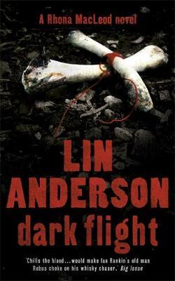 Dark Flight: Rhona Macleod Book 4 (Paperback)