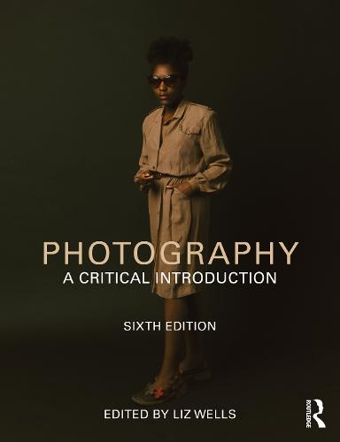 Photography: A Critical Introduction (Paperback)