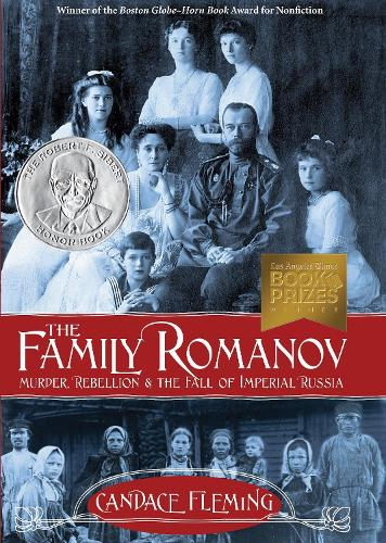 The Family Romanov Murder, Rebellion, And The Fall Of Imperial Russia (Hardback)