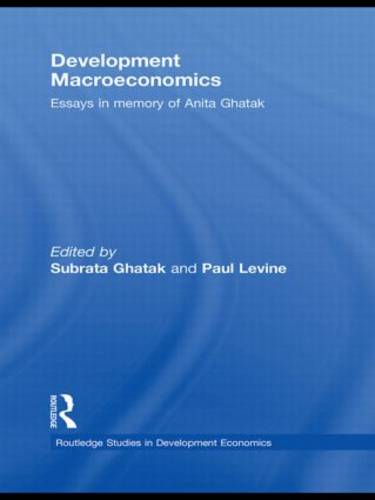 Development Macroeconomics: Essays in Memory of Anita Ghatak (Paperback)