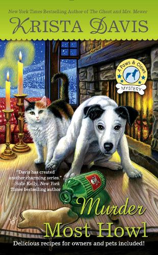 Murder Most Howl: A Paws and Claws Mystery (Paperback)