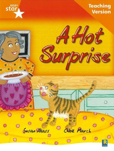 Rigby Star Guided Reading Orange Level: The Hot Surprise Teaching Version - RIGBY STAR (Paperback)