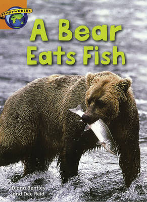 Fact World Stage 4: A Bear Eats Fish - FACTWORLD (Paperback)