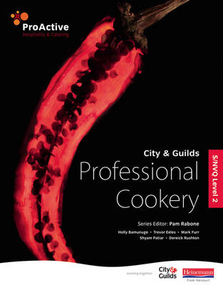 S/NVQ Level 2 Professional Cookery - ProActive Hospitality & Catering (Paperback)