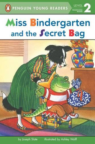 Miss Bindergarten and the Secret Bag - Penguin Young Readers, Level 2 (Paperback)
