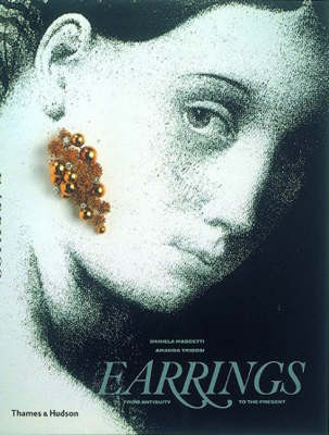 Earrings: From Antiquity to the Present (Paperback)