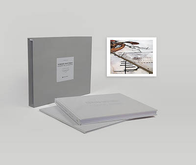 Edward Burtynsky: Essential Elements (Collector's Edition): A slipcased edition of 200 copies with a signed print (Hardback)