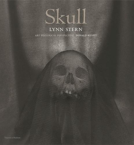 Skull: Lynn Stern (Hardback)