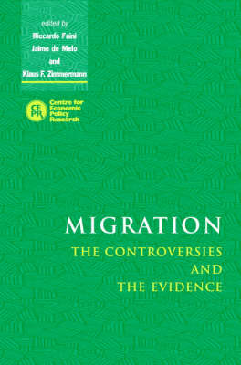 Migration: The Controversies and the Evidence (Hardback)