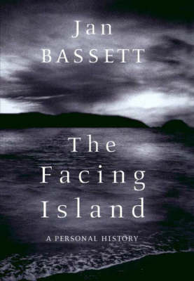The Facing Island (Paperback)
