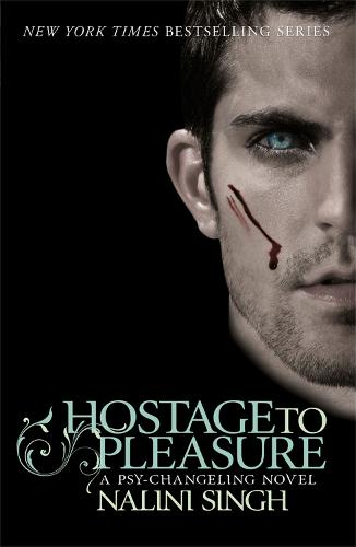 Hostage to Pleasure: Book 5 - The Psy-Changeling Series (Paperback)