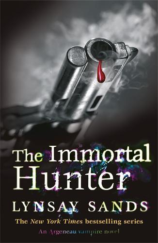 The Immortal Hunter: Book Eleven - Argeneau Vampire (Paperback)