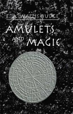 Amulets & Magic (Hardback)