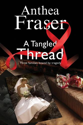 A Tangled Thread: A Family Mystery Set in England and Scotland (Hardback)