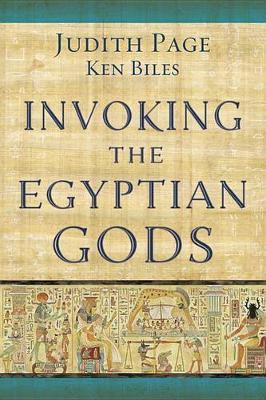 Invoking the Egyptian Gods (Paperback)