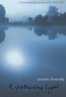 A Gathering Light (Paperback)