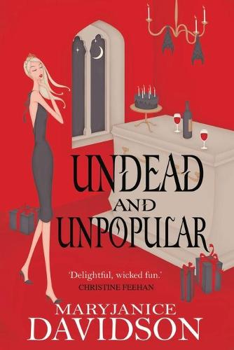 Undead And Unpopular: Number 5 in series - Undead/Queen Betsy (Paperback)