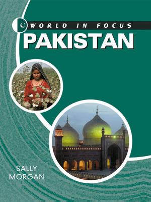 Pakistan - World in Focus 88 (Hardback)