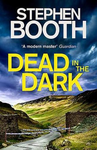 Dead in the Dark - Cooper and Fry (Hardback)