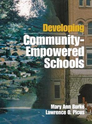 Developing Community-Empowered Schools (Hardback)