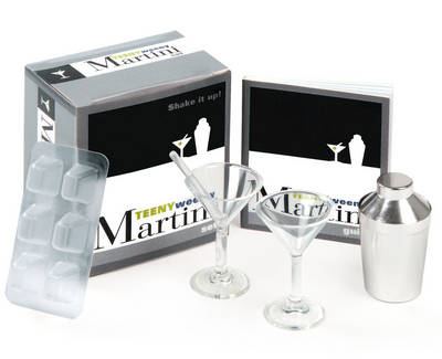 The Teeny-weeny Martini Set: Shake it Up!
