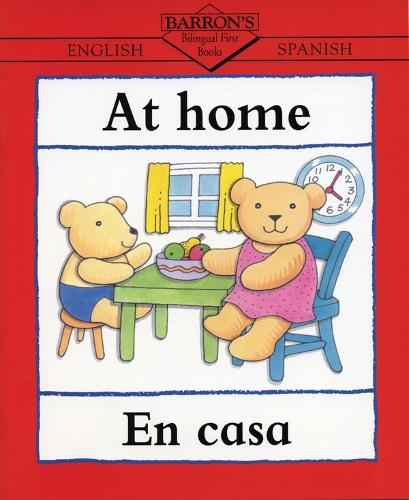 At Home/En La Casa - Bilingual First Books (Paperback)