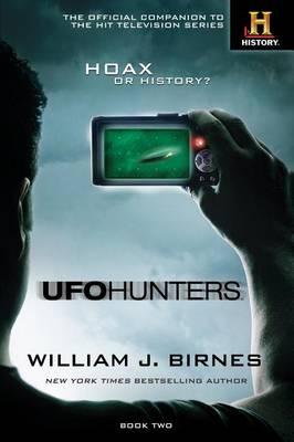 UFO Hunters: Book Two (Hardback)