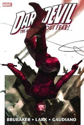 Daredevil By Ed Brubaker & Michael Lark Vol.1 (Hardback)