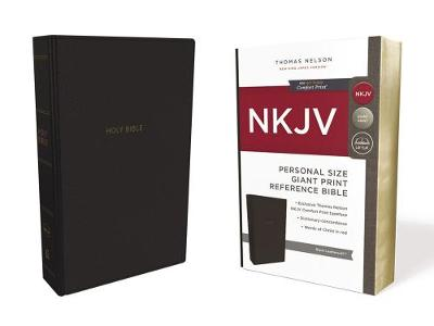 NKJV, Reference Bible, Personal Size Giant Print, Leathersoft, Black, Red Letter Edition, Comfort Print: Holy Bible, New King James Version (Leather / fine binding)