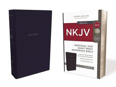 NKJV, Reference Bible, Personal Size Giant Print, Leathersoft, Blue, Red Letter Edition, Comfort Print: Holy Bible, New King James Version (Leather / fine binding)
