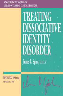 Treating Dissociative Identity Disorder (Paperback)