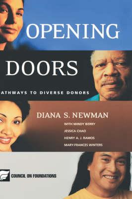 Opening Doors: Pathways to Diverse Donors (Hardback)