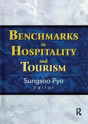Benchmarks in Hospitality and Tourism (Paperback)