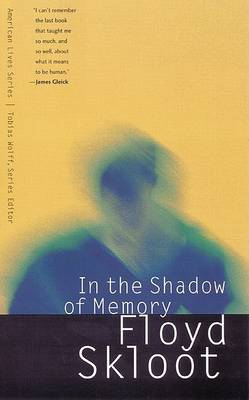 In the Shadow of Memory - American Lives (Hardback)