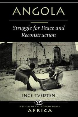 Angola: Struggle For Peace And Reconstruction (Paperback)