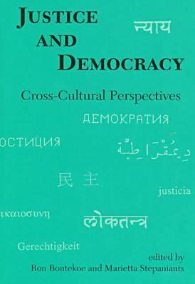 Justice and Democracy: Cross-cultural Perspectives (Paperback)