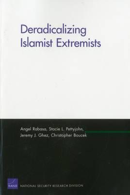 Deradicalizing Islamist Extremists (Paperback)